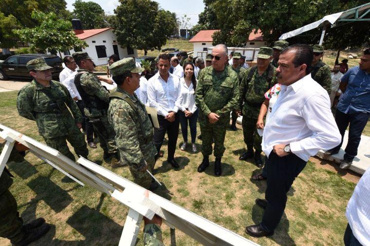 Constatan Gobierno de Oaxaca y SEDENA avances de reconstrucción de viviendas en Jamiltepec (5)