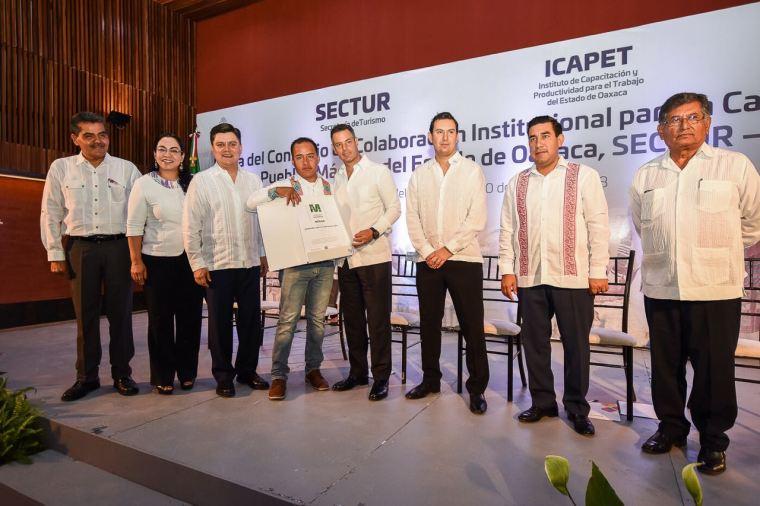 Dará Gobierno del Estado capacitación a prestadores de servicios turísticos de los 5 Pueblos Mágicos de Oaxaca (8)