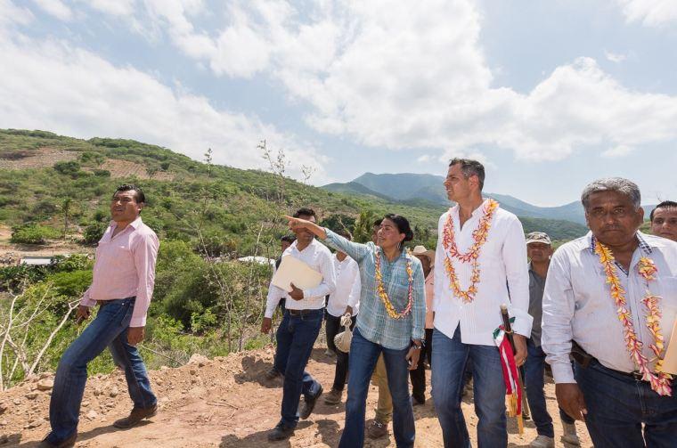 Supervisa Gobierno de Oaxaca puente en San Bartolo Yautepec (2)