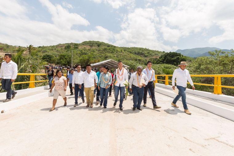 Supervisa Gobierno de Oaxaca puente en San Bartolo Yautepec (4)