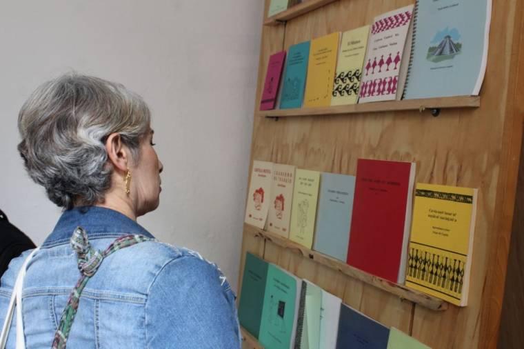 Exponen al mundo publicaciones bilingües de Oaxaca 3